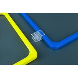 Uchwyt łączący dwie ramki plastikowe